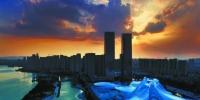 长沙城区现绚丽晚霞 犹如魔幻大片(图) - 新浪湖南